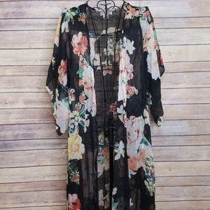 Band of Gypsies XS black floral kimono